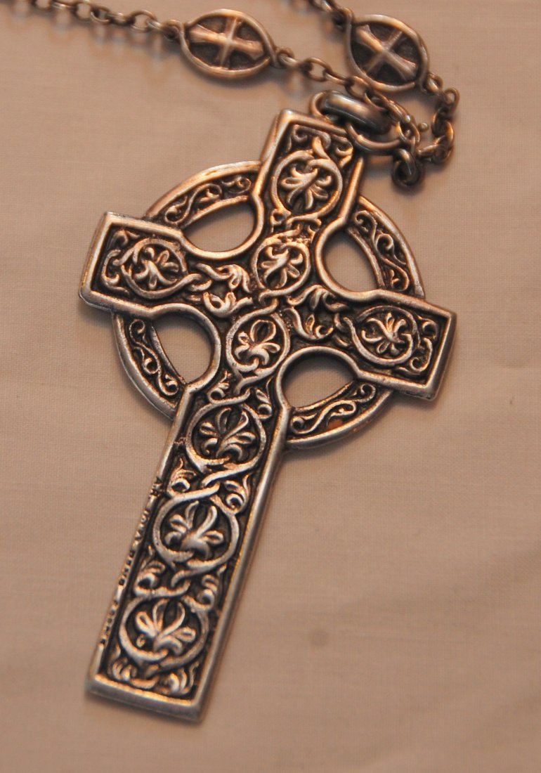 Alexander Ritchie Silver Celtic Cross Pendant