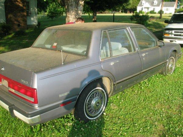 7T: Buick LeSabre Car