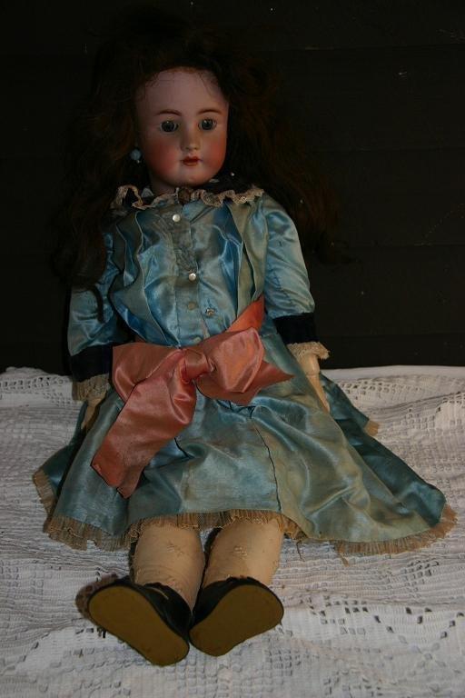 34: Heinrich Handwerck Doll