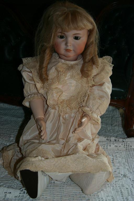 37: K*R Doll