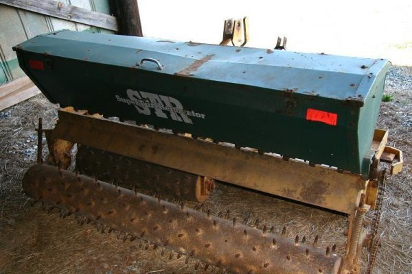 19: GILL SEED DRILL/AERATOR