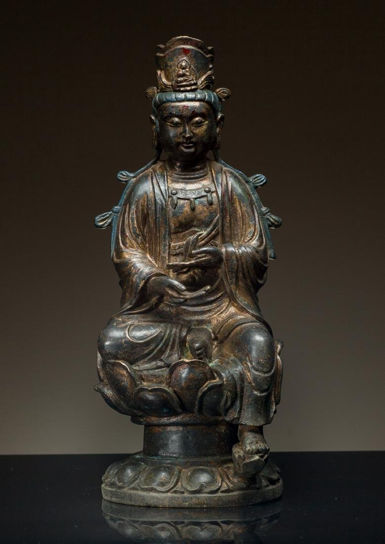 Late Ming Antique Bronze Figure of Guanyin