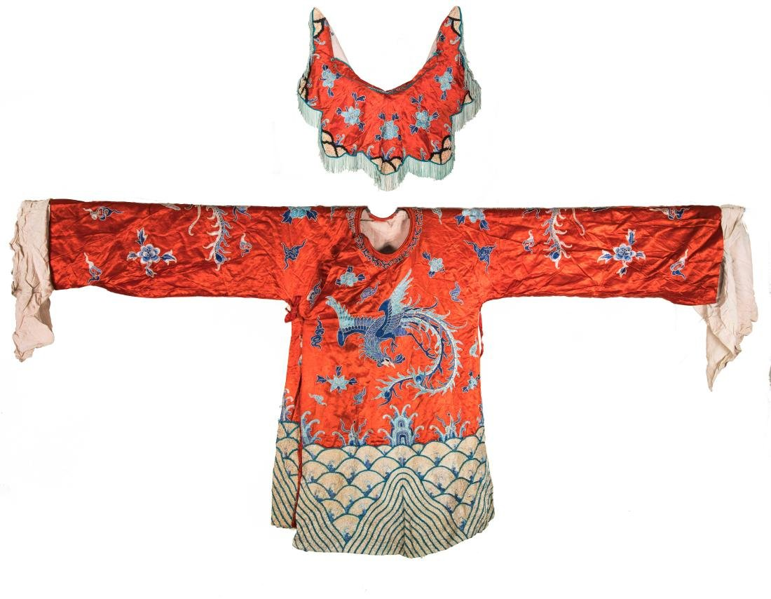 Late Qing Antique Embroidered Silk Chinese Costume