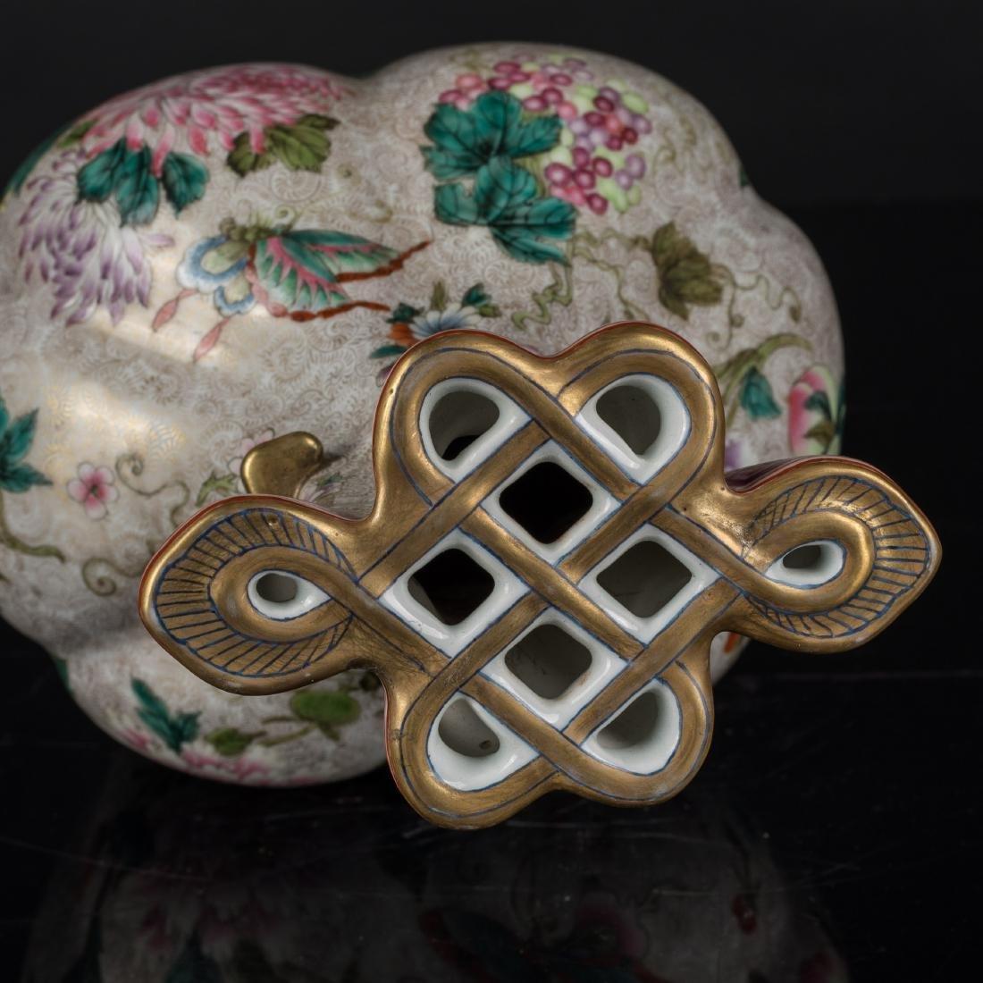 18th Antique Enameled Vase - 10