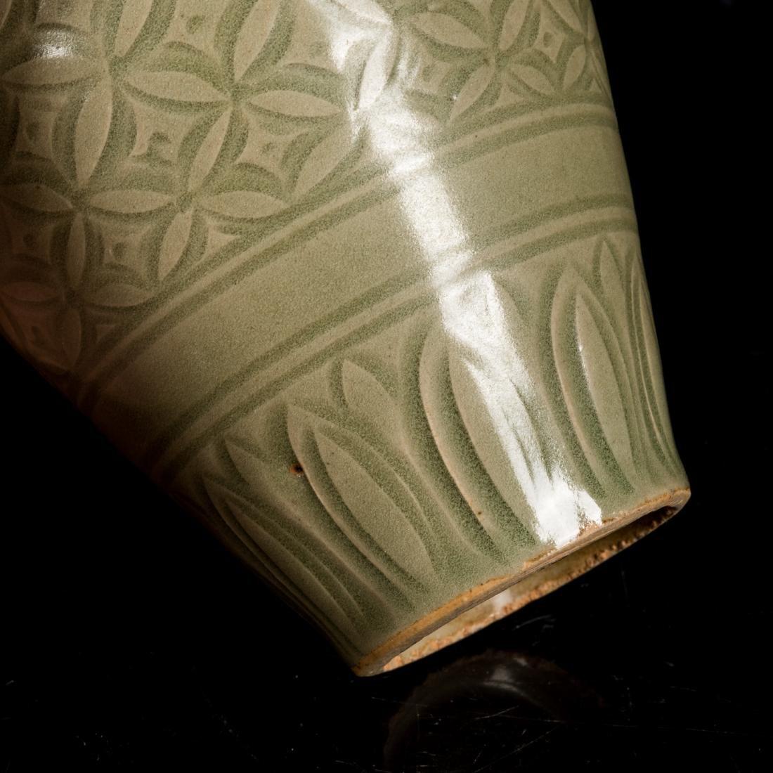 Song Style Antique Yaozhou Vase - 6