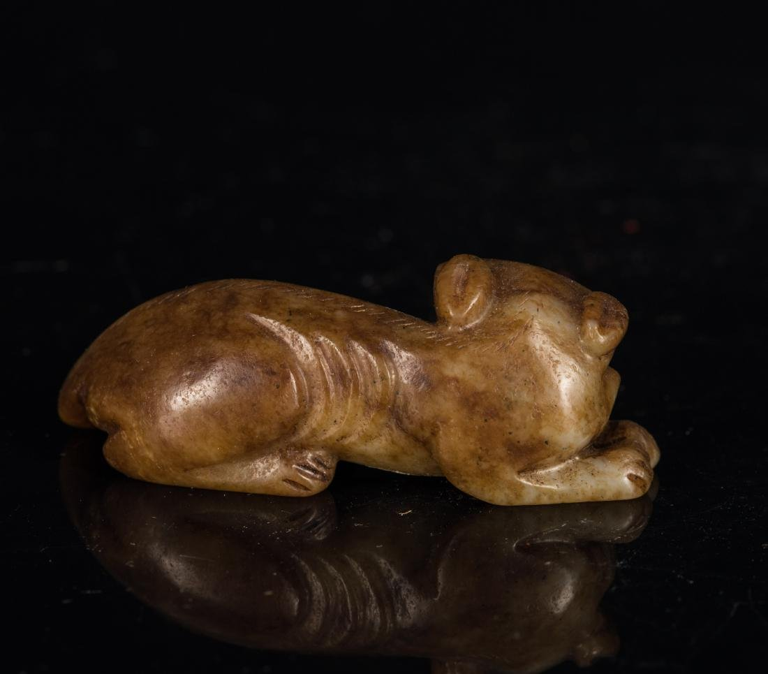 Yuan-Ming Dynasty Brown Jade Beast - 3