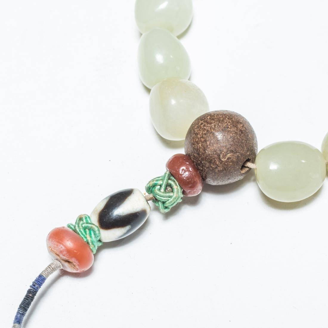 19th Antique Jade Prayer Beads With Gilt Brass Box - 3