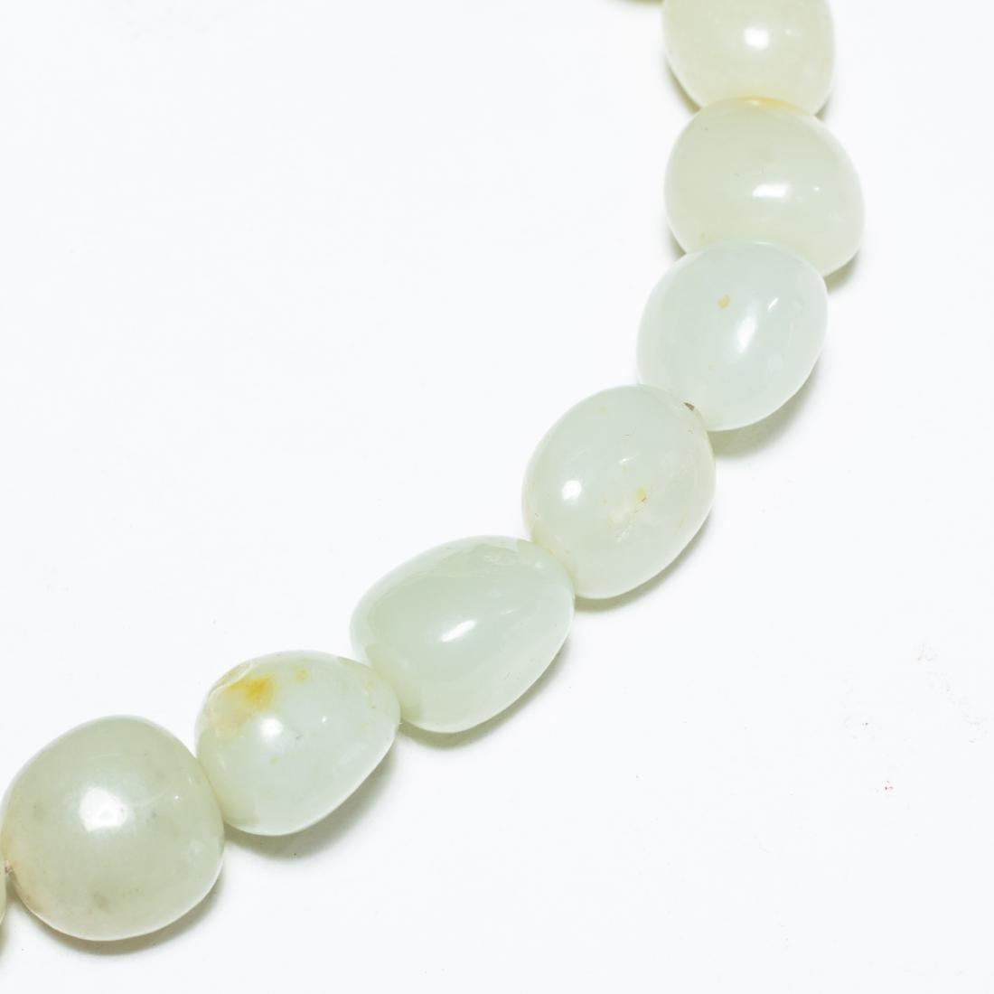 19th Antique Jade Prayer Beads With Gilt Brass Box - 5