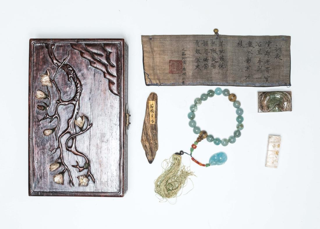 A Box Of Antique Jades And Prayer Beads