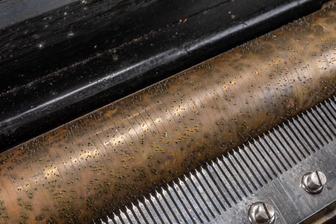 Swiss Vintage Cylinder Mechanical Music Box - 4