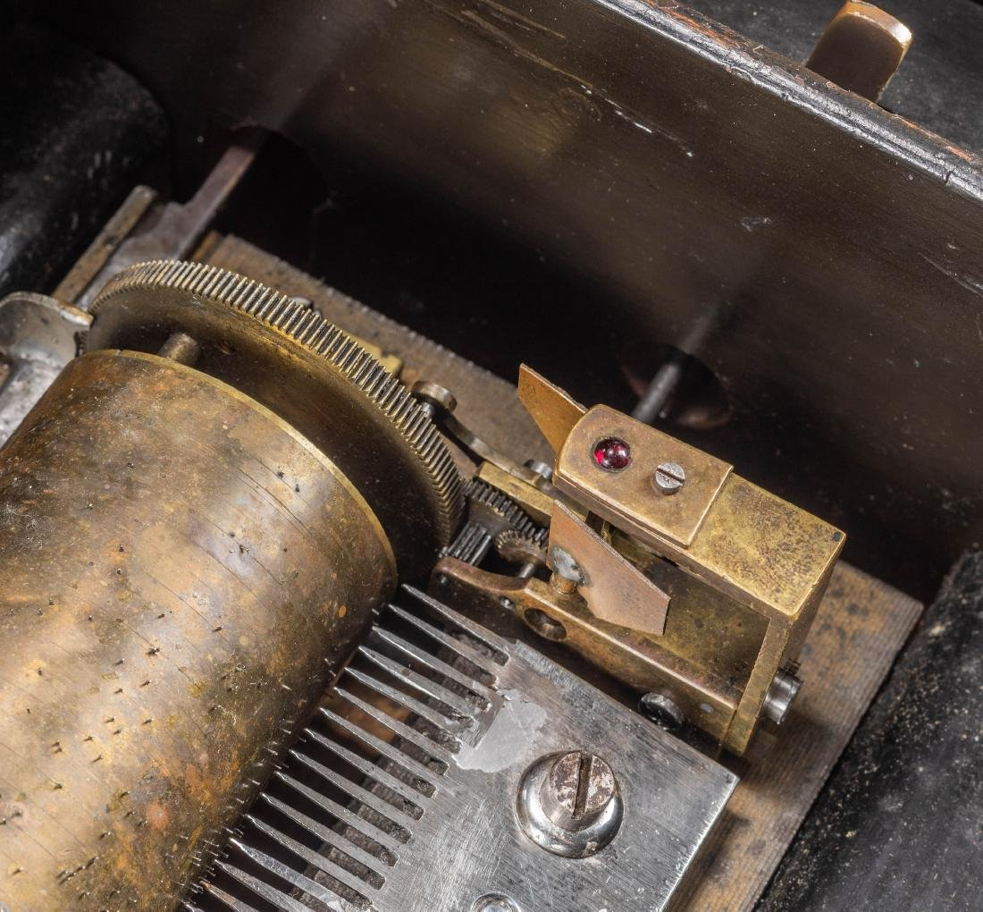 Swiss Vintage Cylinder Mechanical Music Box - 7