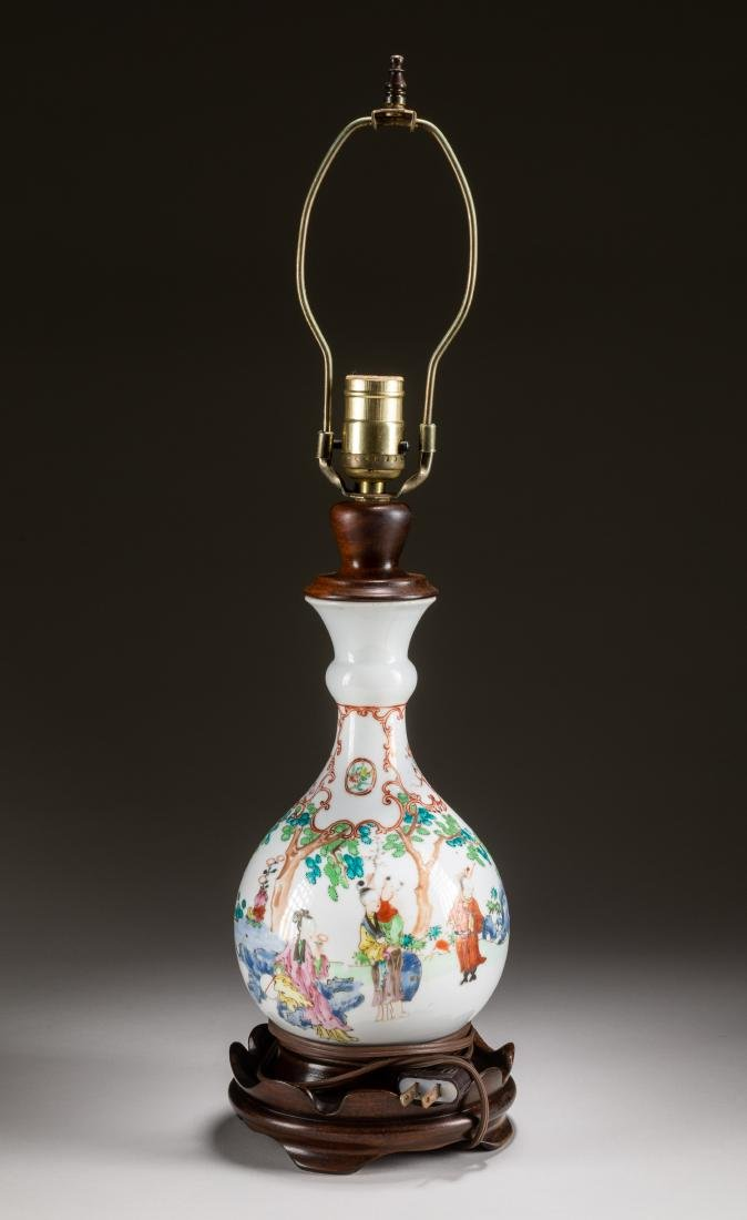 Chinese Antique Porcelain Lamp