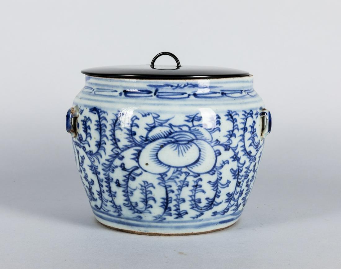 19th Chinese Antique Blue White Porcelain Jar