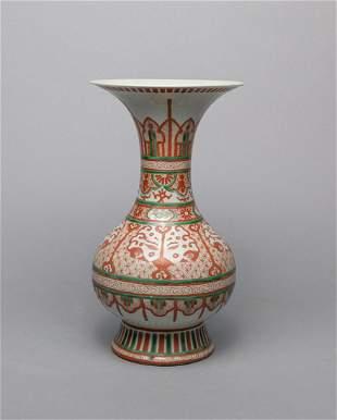 Japanese Old Green Red Porcelain Vase