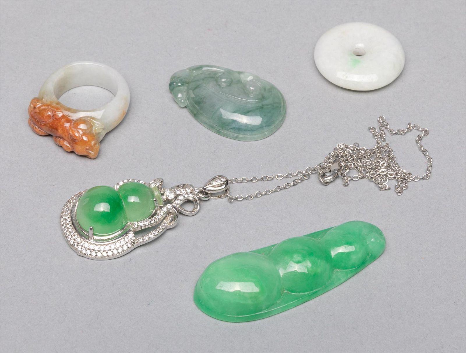 Group Chinese Export Jade Jadeite Stone Toggles