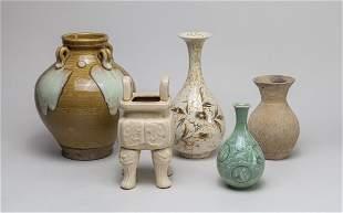 Group Collectible Korean Porcelain Pieces
