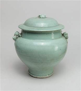 Large Chinese Longquan Porcelain Covered Jar