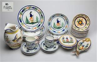 Set Vintage Quimper Pottery Dinning Service