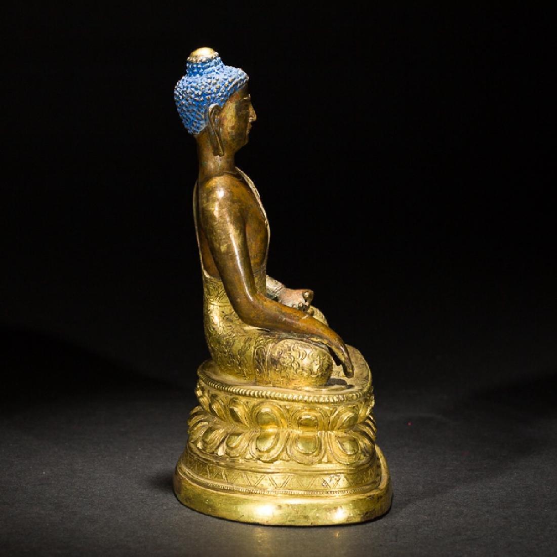 Antique Gilt Bronze Figure of Shakyamuni Buddha, 18th - 4