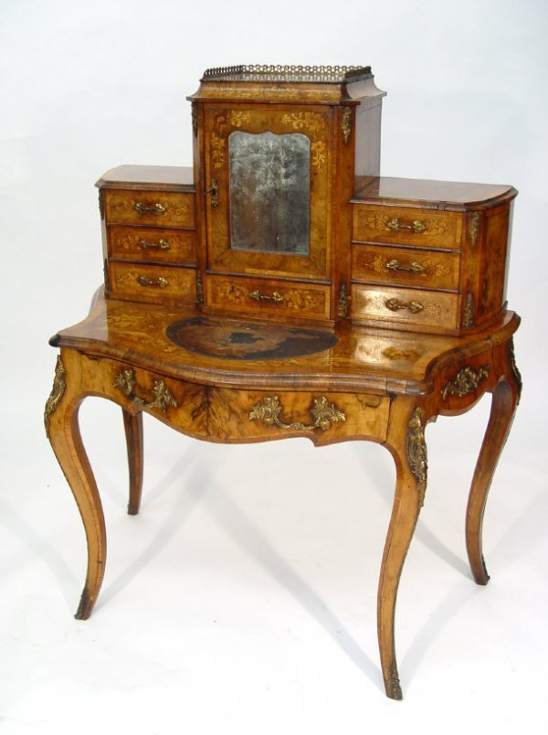 4: 19th Century walnut bonheur du jour, the crossbanded