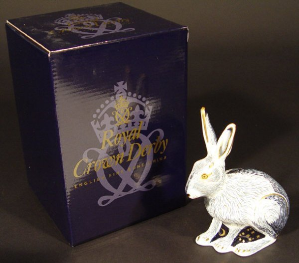 1105: Boxed Royal Crown Derby starlight hare, exclusive