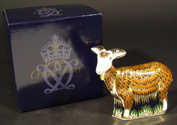1109: Boxed Royal Crown Derby nanny goat paperweight -