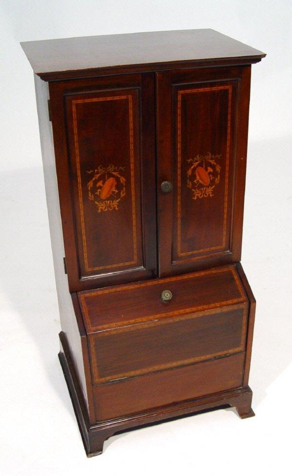 19: Edwardian cased Klingsor gramaphone, in an inlaid m