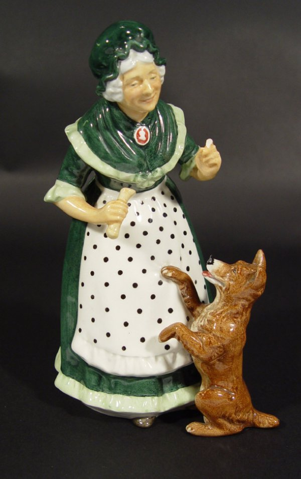 1223: Royal Doulton figurine 'Old Mother Hubbard' HN231