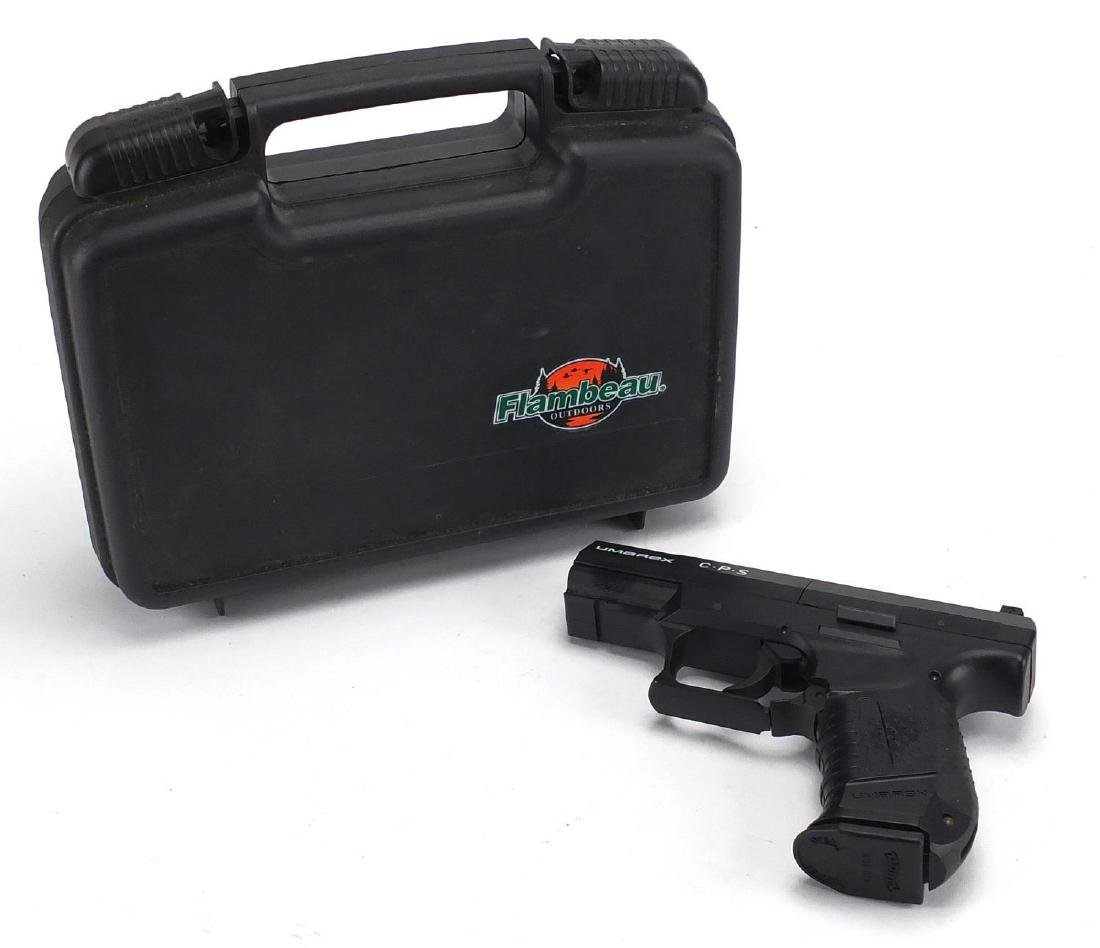 Umarex CPS .177 air pistol with case, numbered 0112332843 Further condition reports can be found