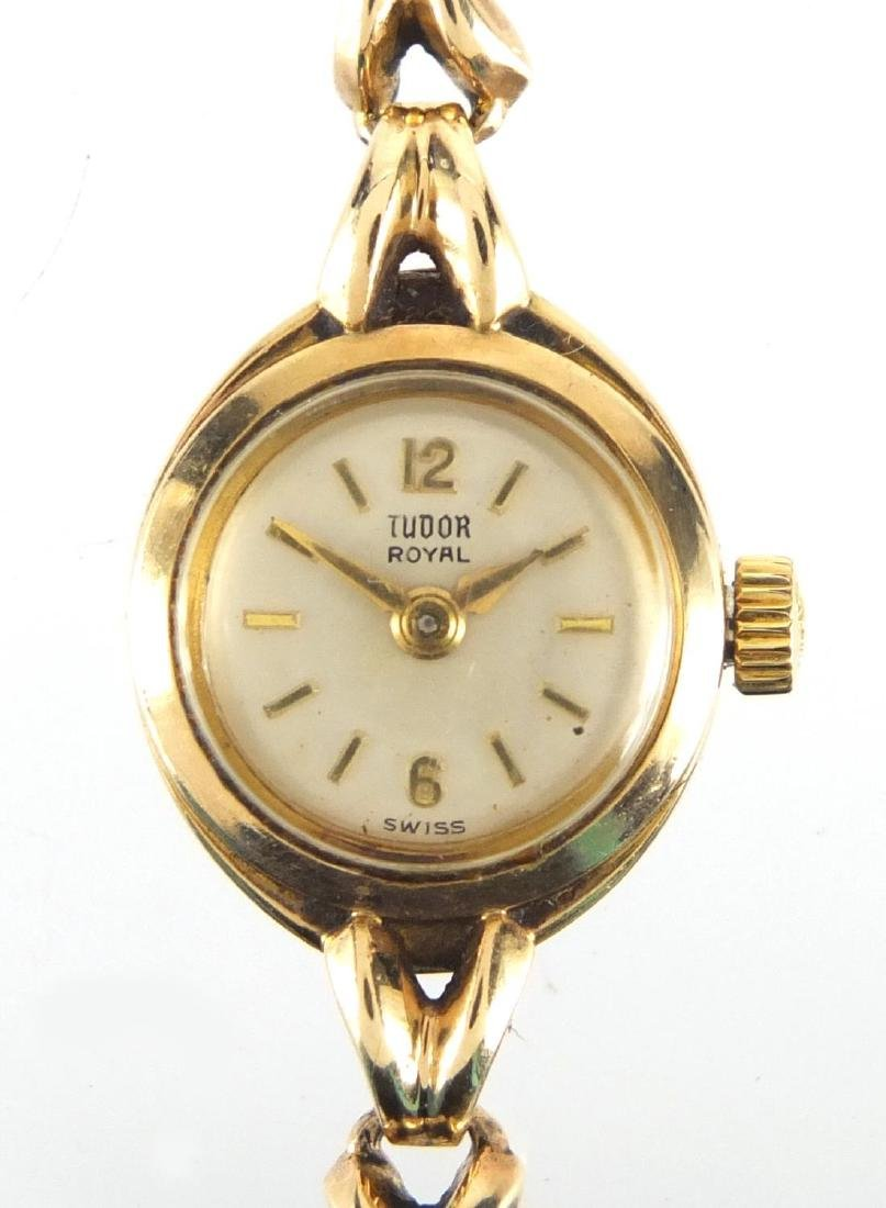 Ladies 9ct gold Rolex Tudor wristwatch with 9ct gold strap, numbered317523 to the case, 1.1cm in