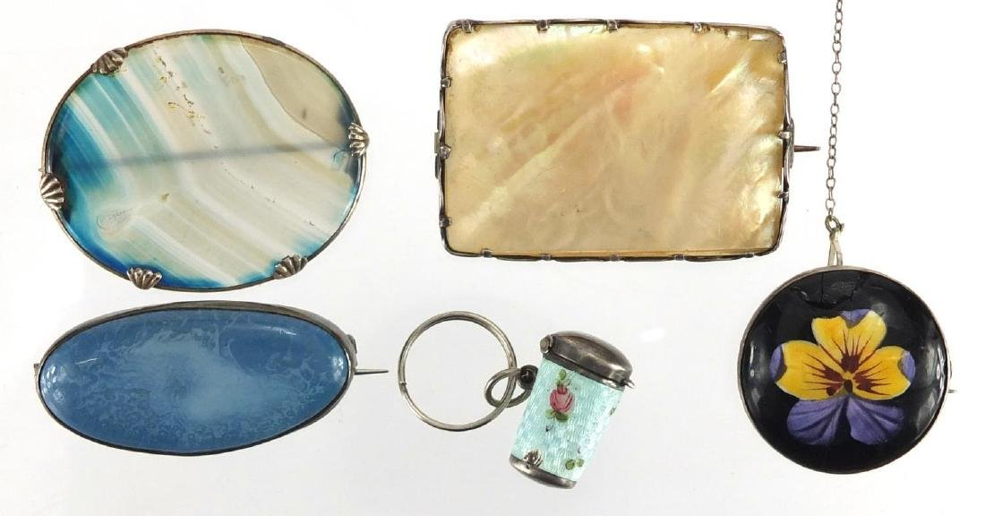 Vintage silver mounted jewellery including a Ruskin brooch, agate brooch and a silver and enamel