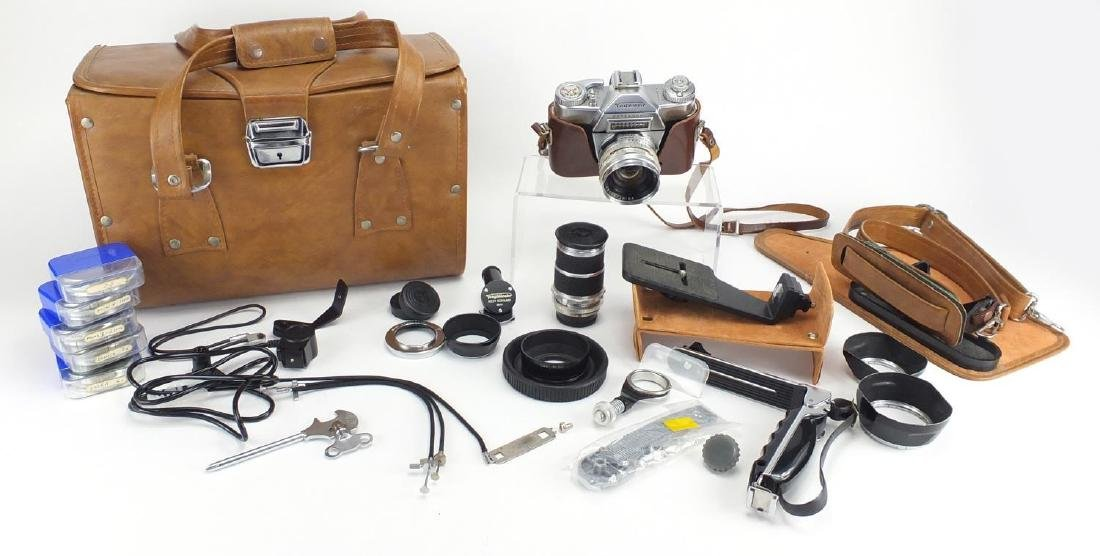 Voigtländer Bessamatic camera outfit with lenses and accessories Further condition reports can be