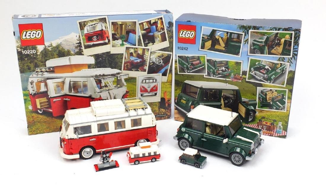 Built Lego Mini Cooper and Volkswagen Beetle with miniatures and boxes, numbers 10242 and 10220 :