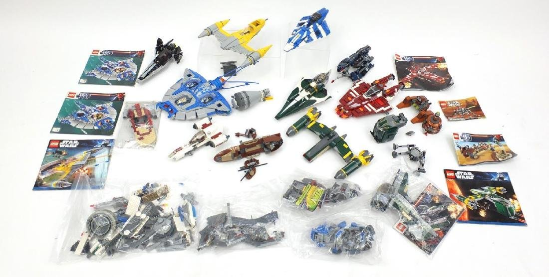 Lego Star Wars models including 75031 and 7877