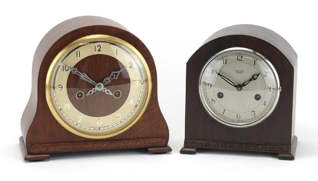 Two striking mantel clocks including an oak cased Smiths Enfield example, the largest 21cm high :