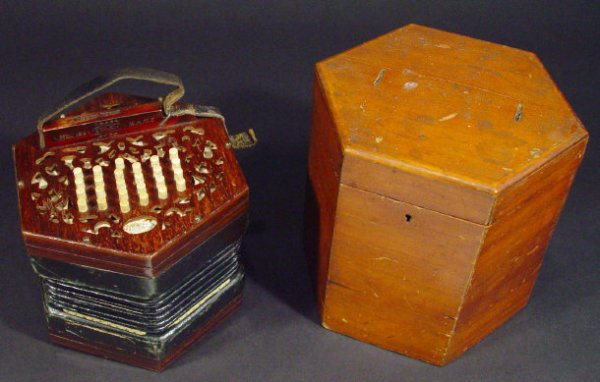 554: Lachenal and Company 46 key patent duet concertina