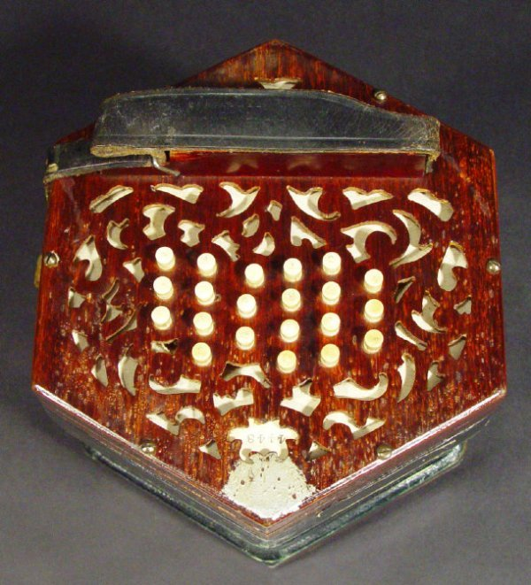 554: Lachenal and Company 46 key patent duet concertina - 3