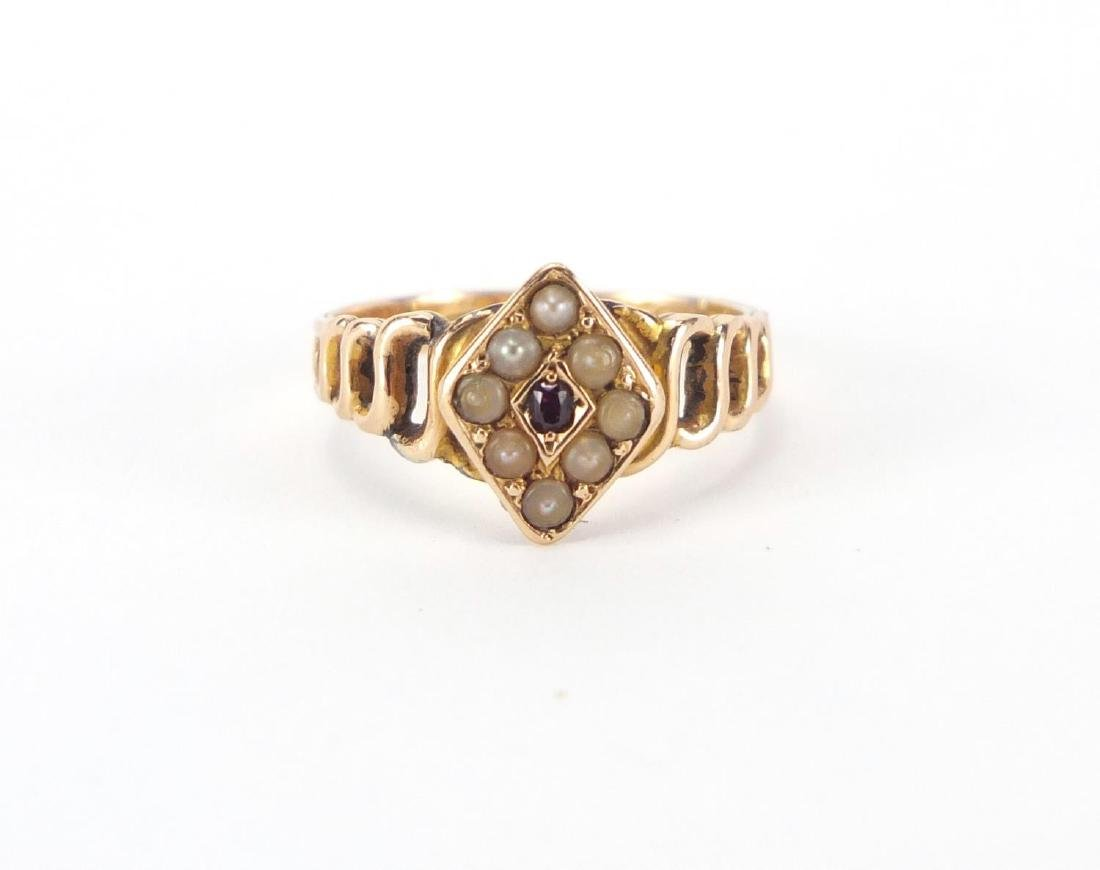 Victorian 15ct gold garnet and seed pearl ring, - 2