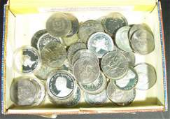 538 Collection of coinage predominantly crowns mostl
