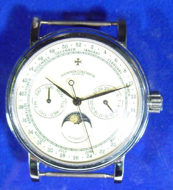 798: Gentleman's automatic chronograph wrist watch with