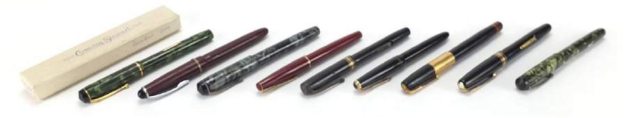 Vintage fountain pens including three green marbleised