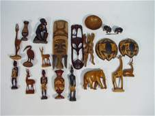 1353: Collection of Middle Eastern and tribal carved wo