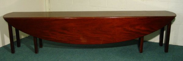 3: Irish mahogany gateleg wake table on square legs, 75