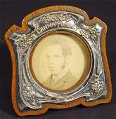 261 Art Nouveau silver photo frame embossed with styli