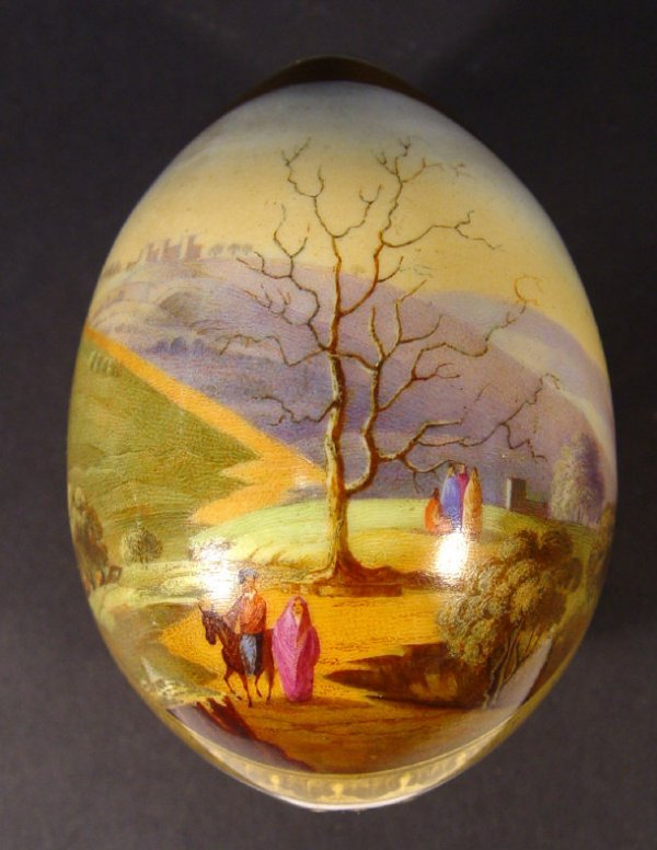 141: Russian porcelain tree egg, finely painted with a