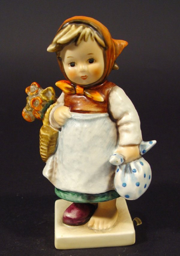 1205: Goebel Hummel china figurine 'Weary Wanderer', wi