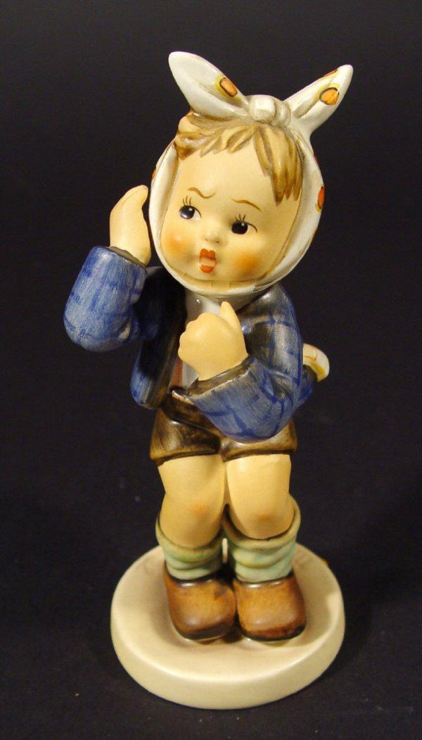 1224: Goebel Hummel china figurine 'Boy with Toothache'