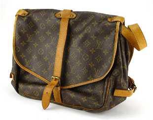 2f7cf75879e6 Louis Vuitton monogram Saumur 35 crossbody bag