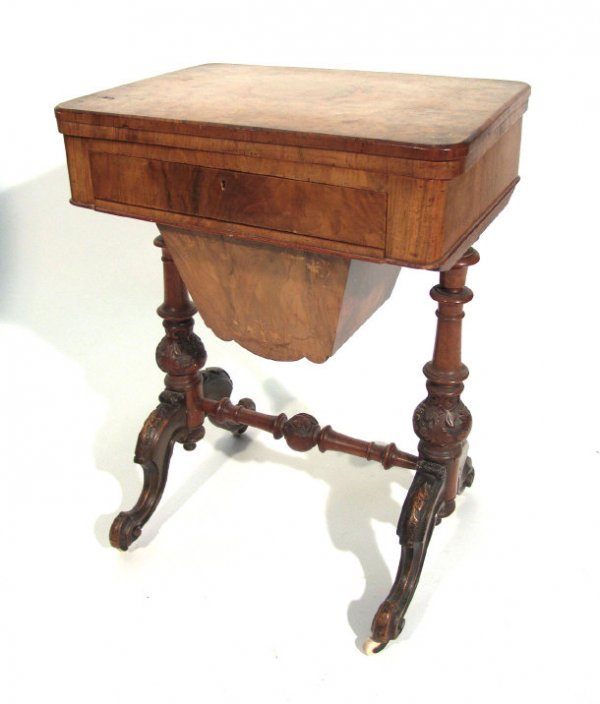 11: Victorian burr walnut sewing/games table, the hinge
