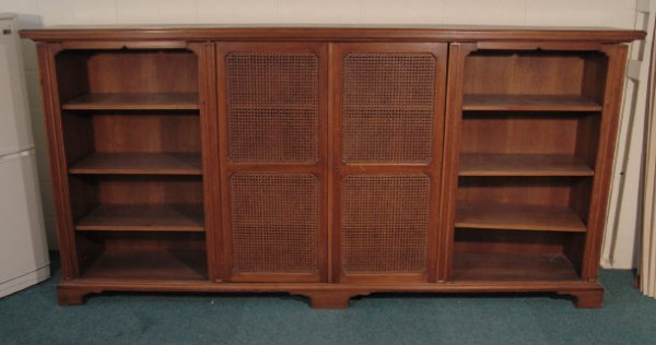 19: 1920s mahogany library bookcase fitted with a pair